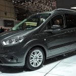 Ludospace compact Ford Tourneo Courier