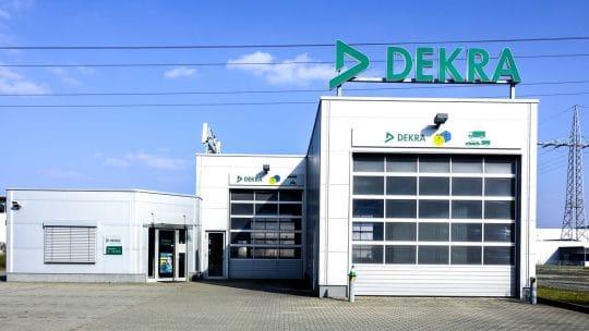 Centre de contrôle technique DEKRA pour la réalisation d'un TUV