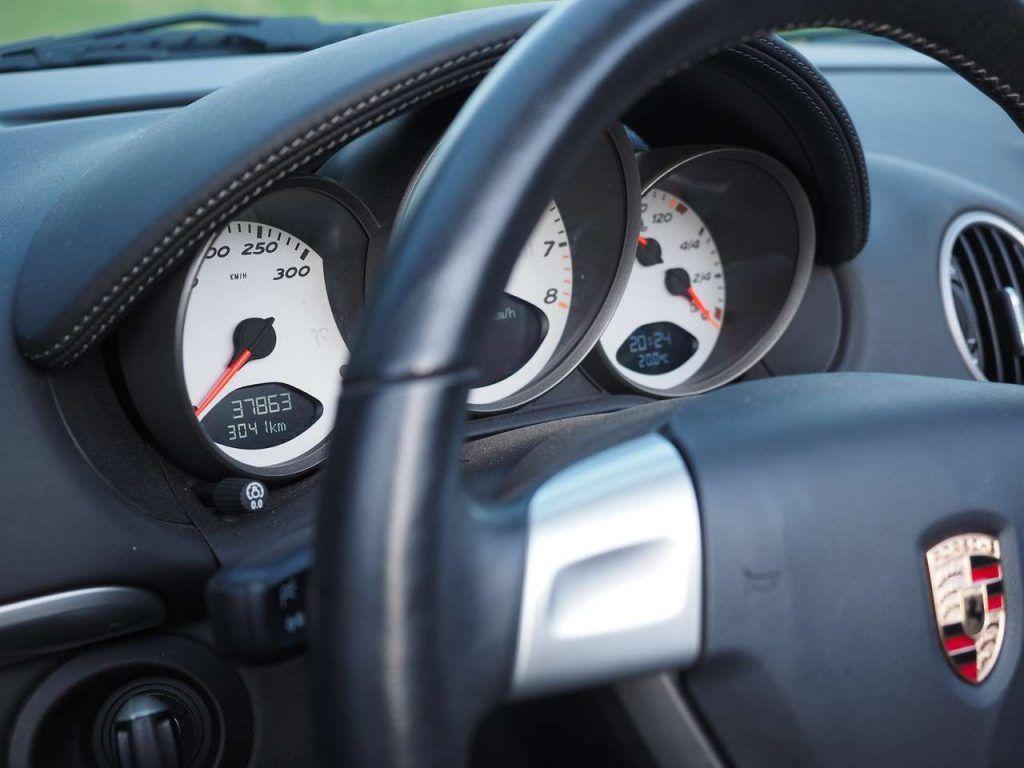 Le kilométrage de la Porsche ne doit pas avoir plus de 200000 km pour bénéficier d'une Approved