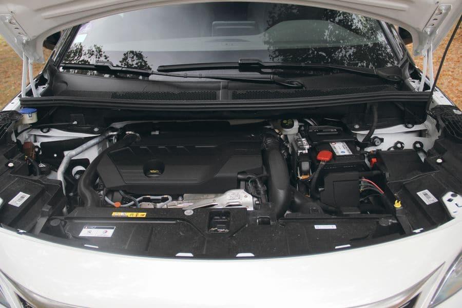 Le moteur du Peugeot 5008