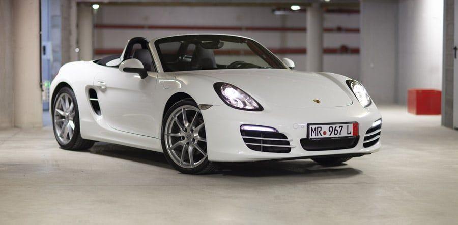 Une Porsche importé par un mandataire auto