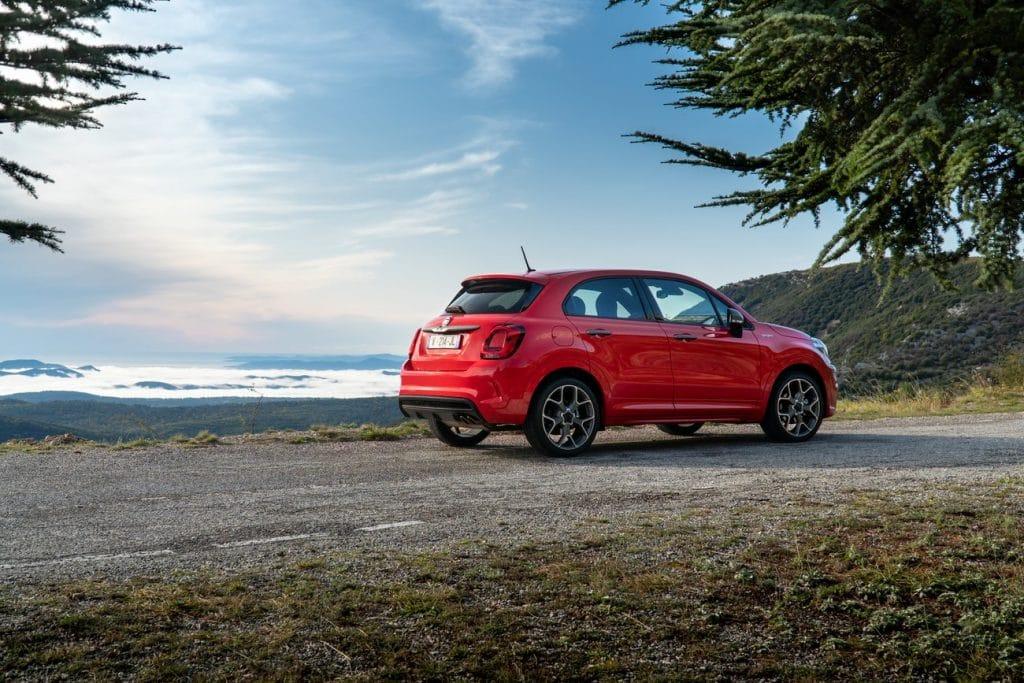 Le profil du Fiat 500X, du plus bel effet