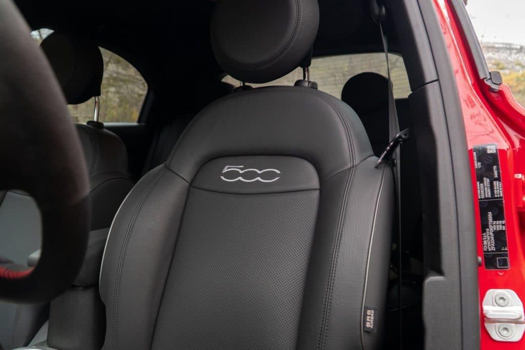 Les sièges du Fiat 500X Sport