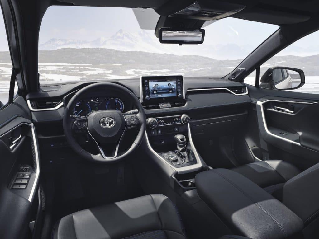 Le tableau de bord du Toyota RAV4