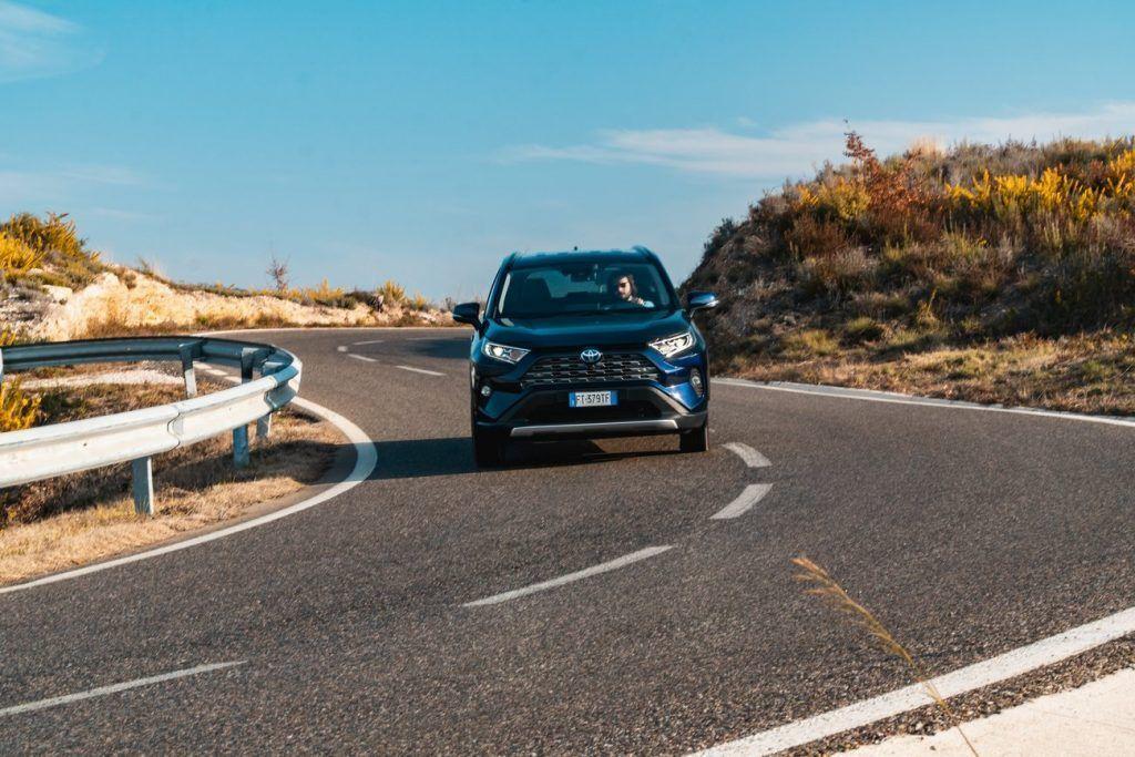 Test de tenue de route du Toyota RAV4