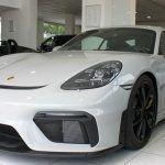 Coupé Porsche 718 Cayman GT4