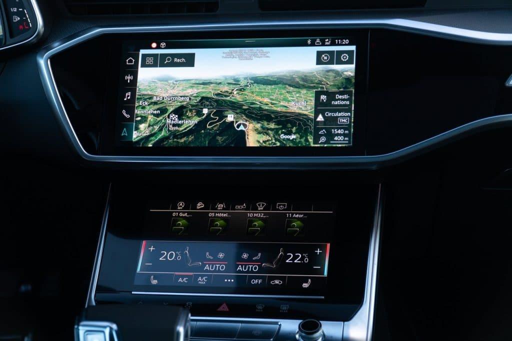 Console centrale de l'Audi A6 allroad.