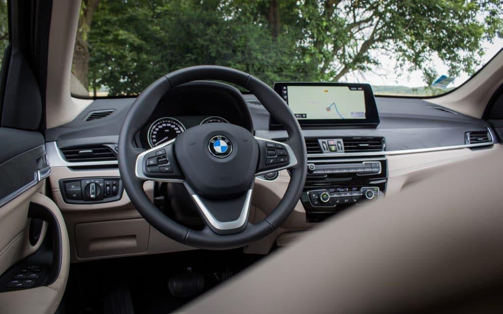Le tableau de bord Vue arrière du BMW X1 xDrive e25