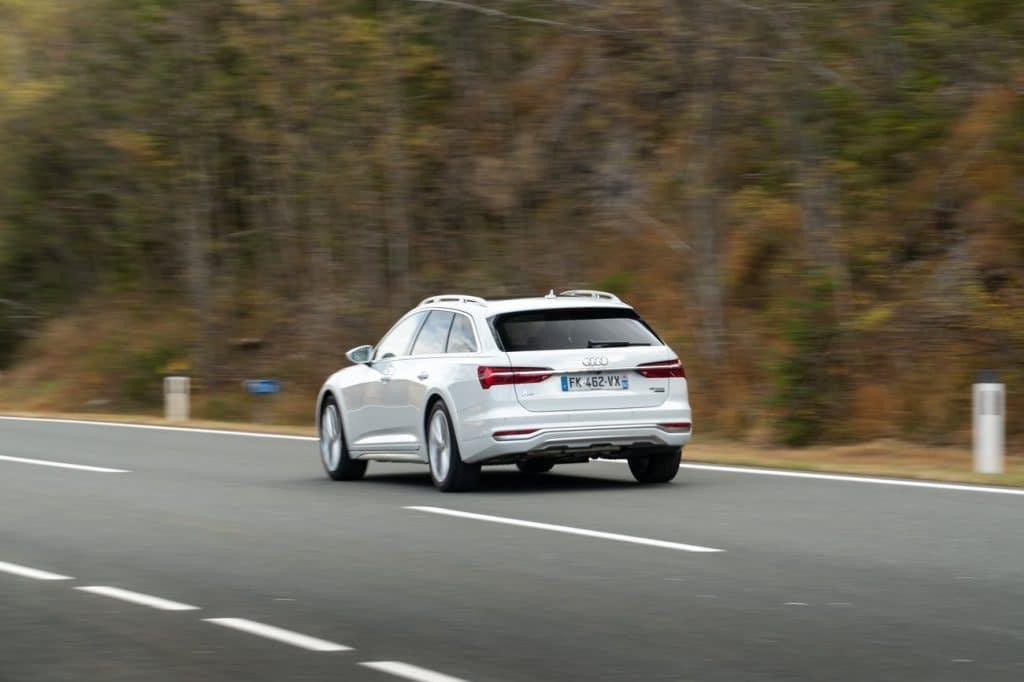Face arrière de l'Audi A6 allroad.