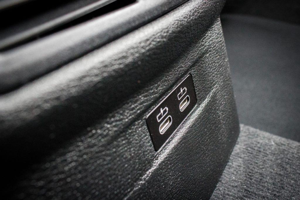 Prises USB du BMW X1 xDrive 25e
