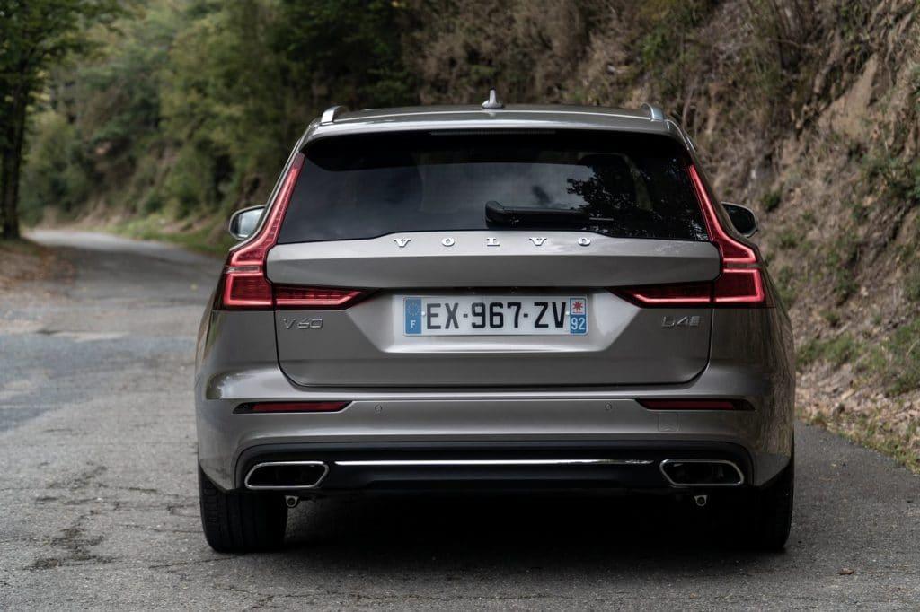 Vue arrière du Volvo V60