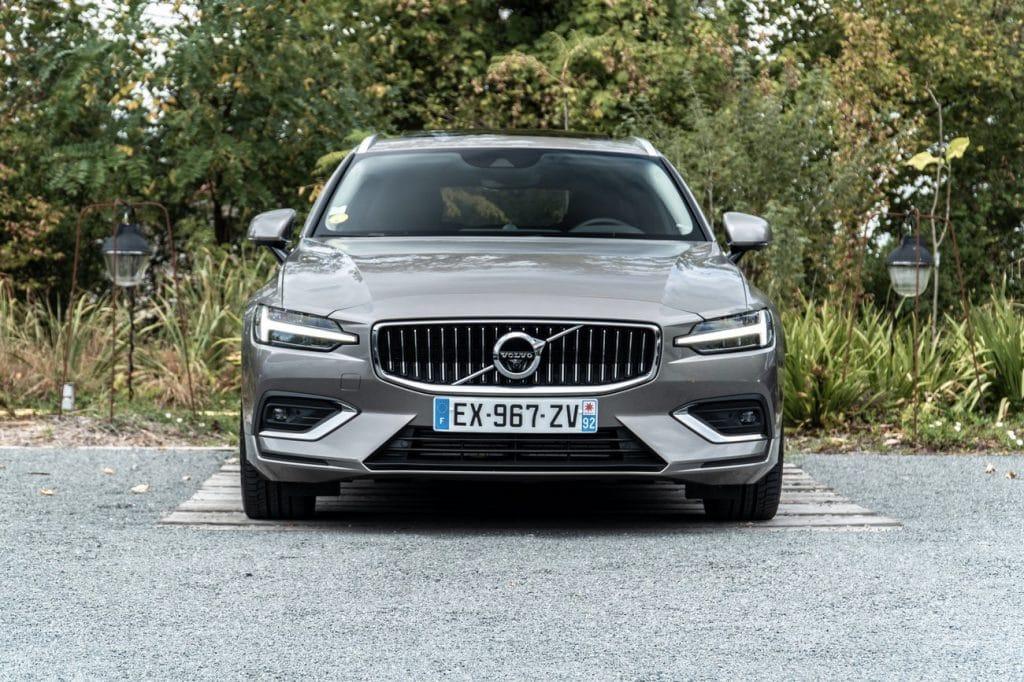 Vue avant du Volvo V60
