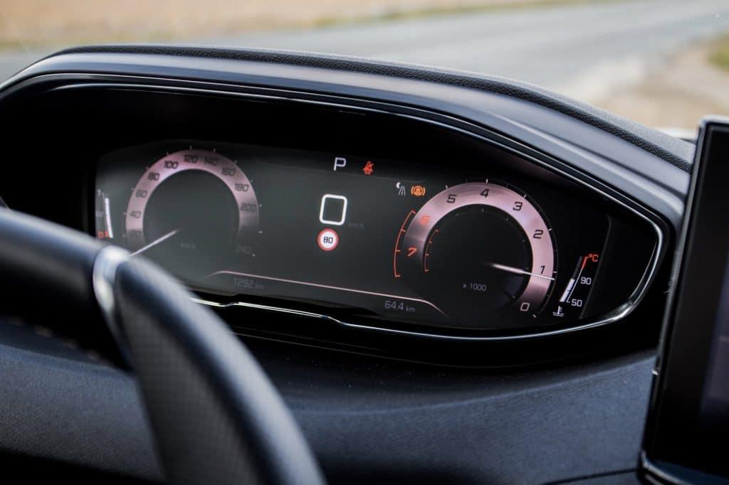 Le compteur du Peugeot 3008