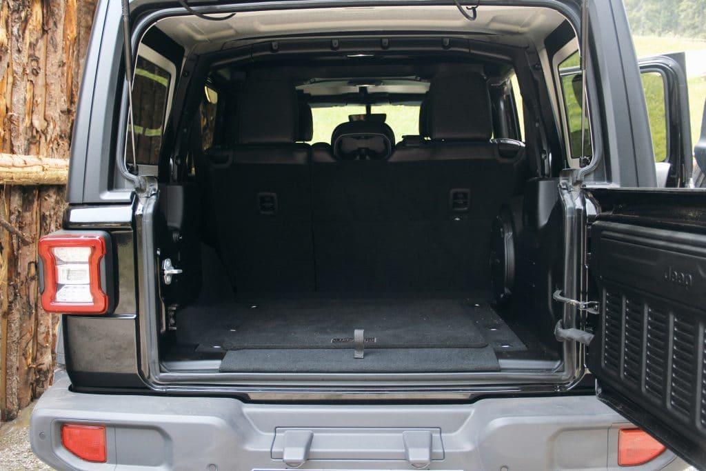 Le coffre du Jeep Wrangler