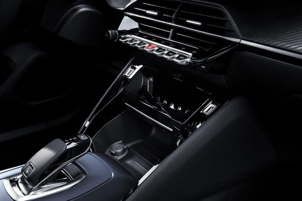 Console de la Peugeot e-2008