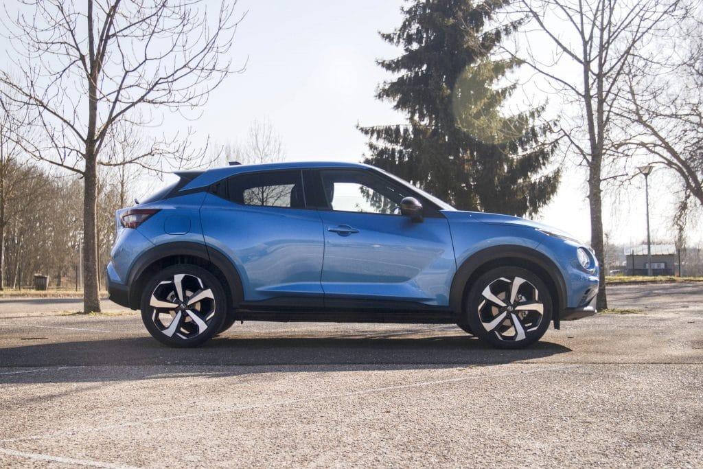 Vue de profil du Nissan Juke