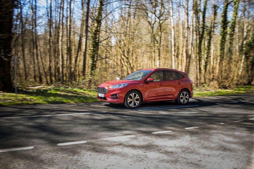 Essai en conduite du Ford Kuga hybride (FHEV)