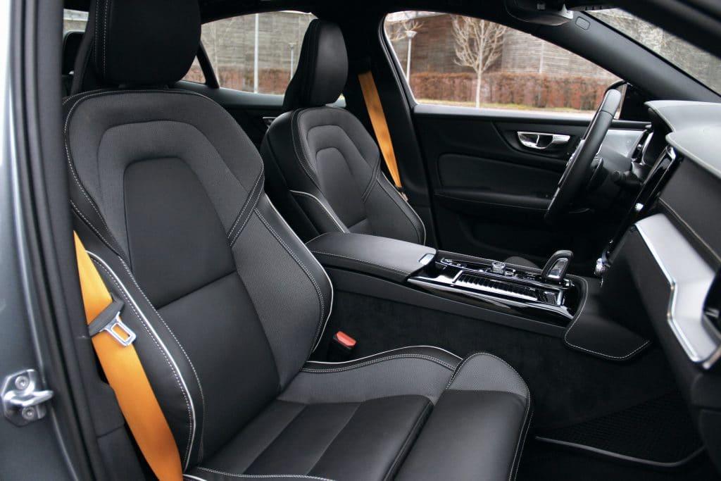 Intérieur de la Volvo S60 Polestar Engineered
