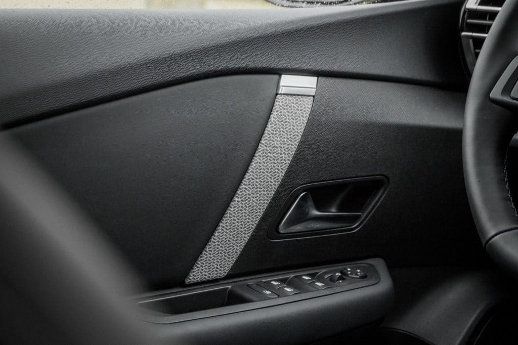 Portière de la Citroën C4