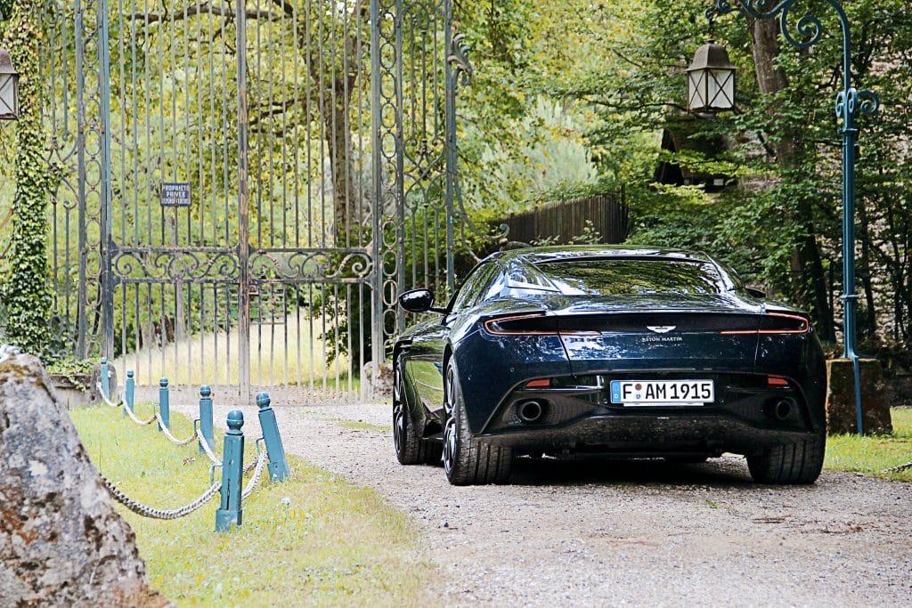 Arrière de l'Aston Martin DB11
