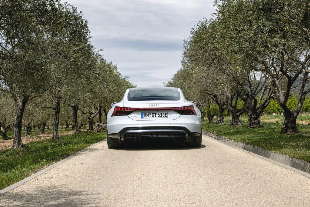 Arrière de l'Audi e-tron GT