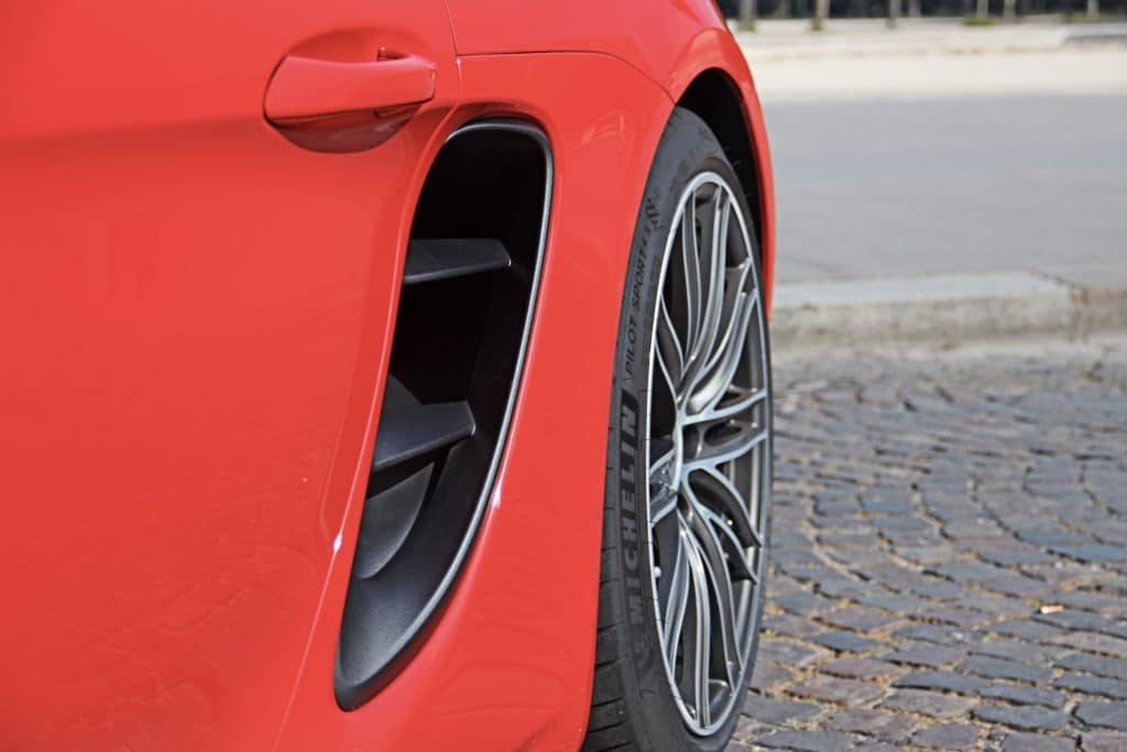 Flanc de la Porsche 718 Cayman S