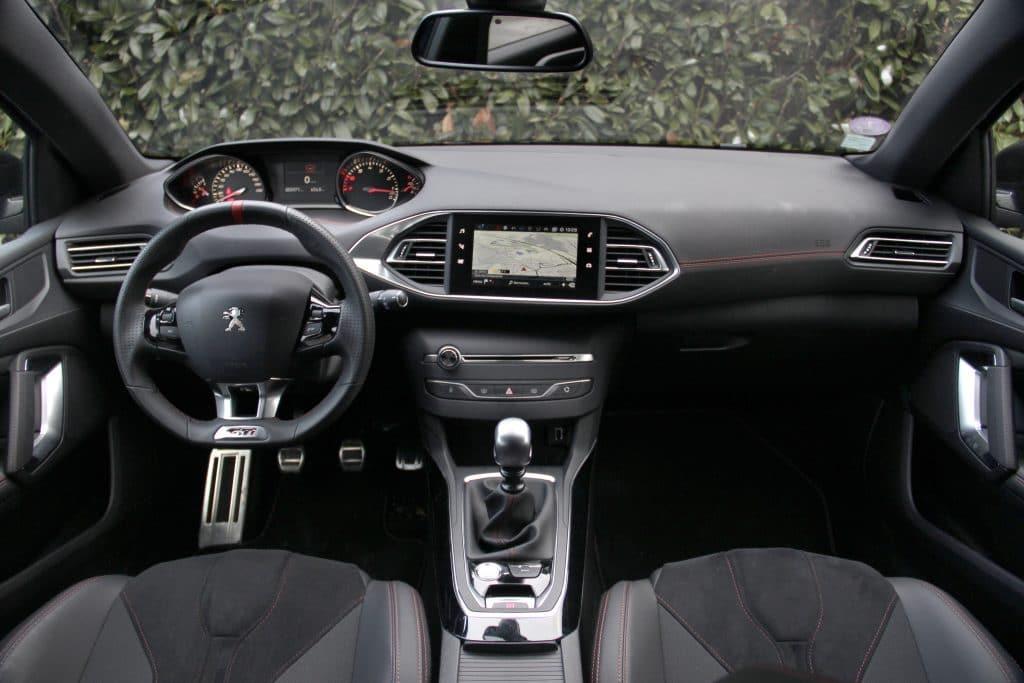 Intérieur de la Peugeot 308 GTi