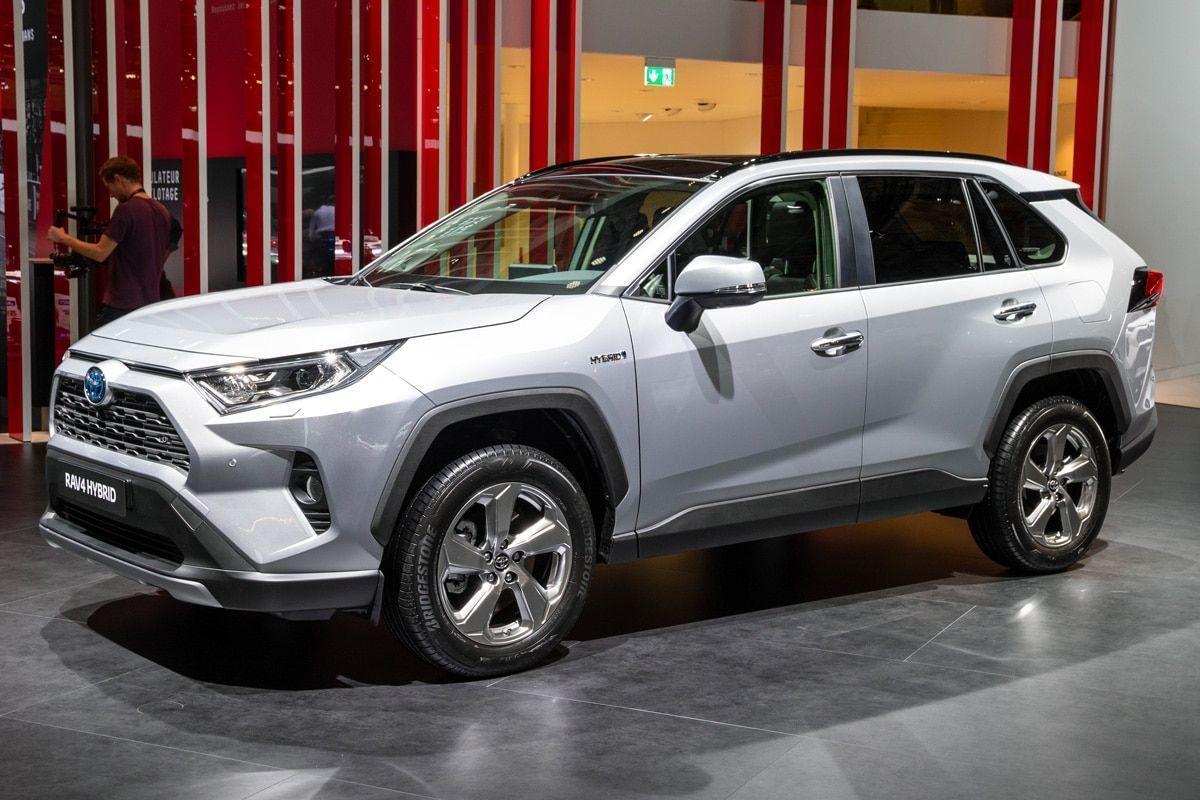 Toyota-RAV4-2021