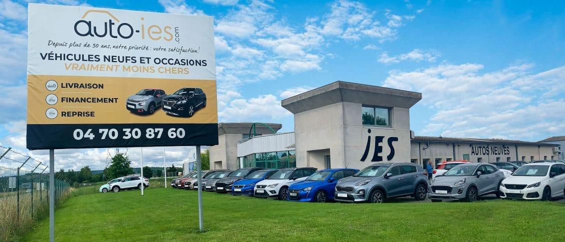 Les bureaux et stock d'Auto-IES à Creuzier-le-Neuf dans l'Allier