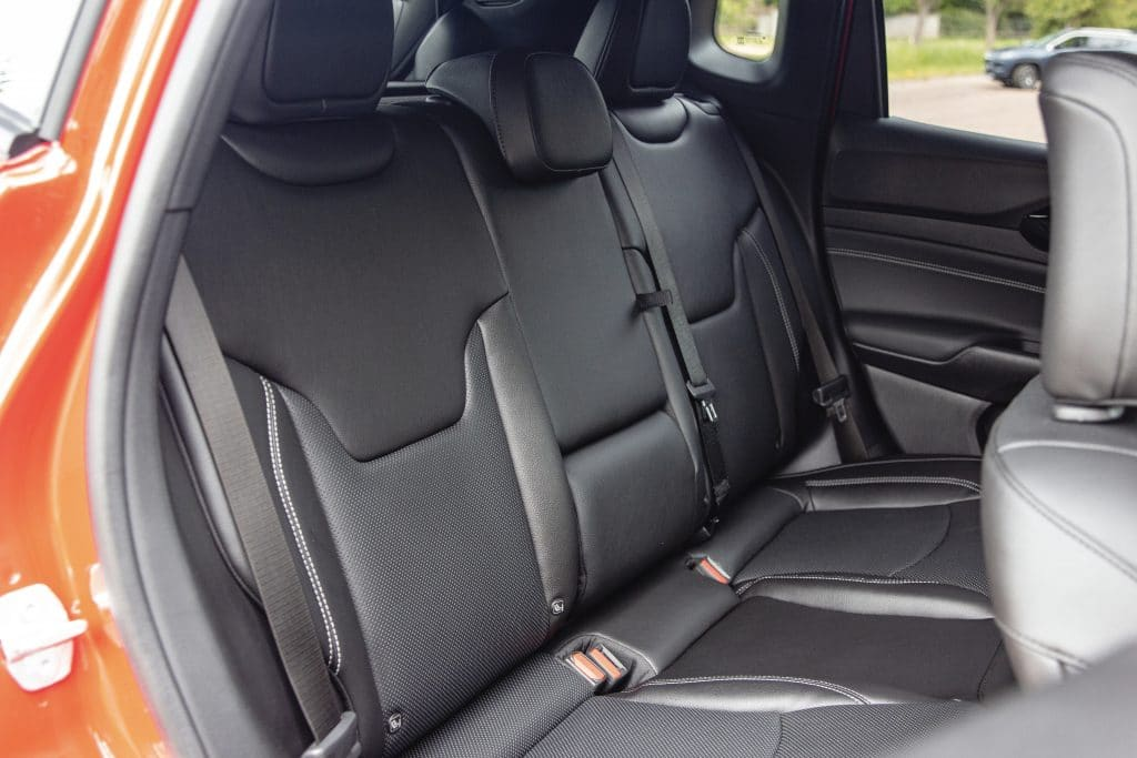 Banquette arrière du Jeep Compass 4ex