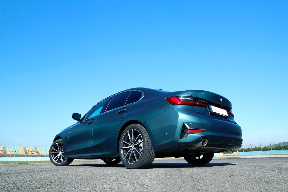 Nouvelle BMW série 3 arrière