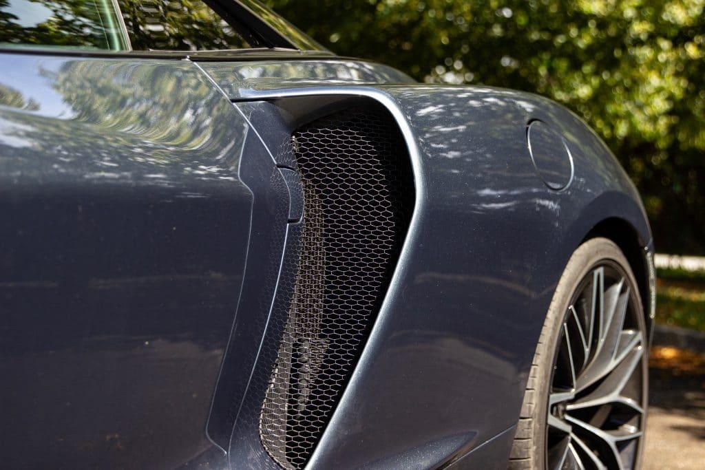 Prises d'air de la McLaren GT